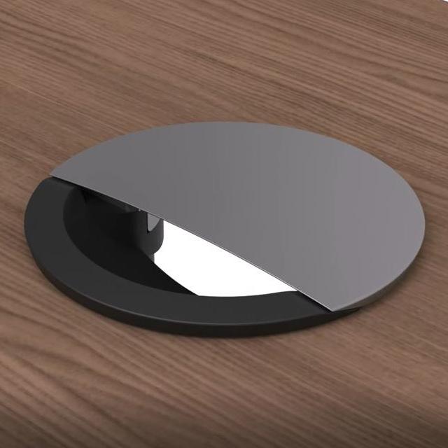 Black Base & Silver Lip